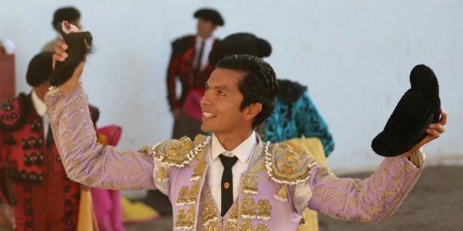 Tendrá Téllez hoy nuevo ahijado en Aguascalientes