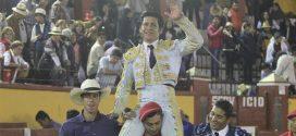 'El Zapata', a hombros en Tlaxcala (*Fotos*)