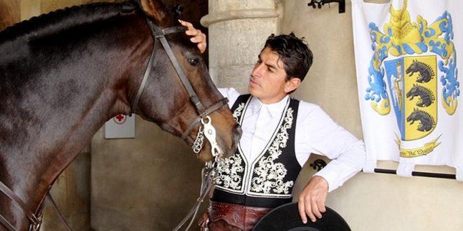 PLAZA MÉXICO: Abren el año a caballo