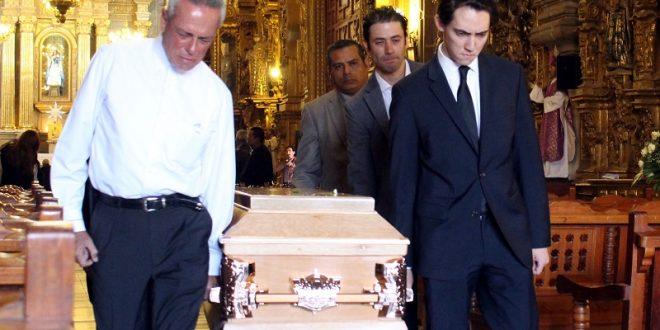 Adiós, maestro; con misa de cuerpo presente despiden a Juan Silveti Reynoso (*Fotos*)