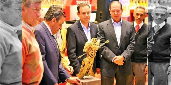 Presentan el trofeo San Sebastián, en León