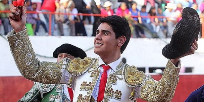 Luis Manuel Castellanos se alista en el campo