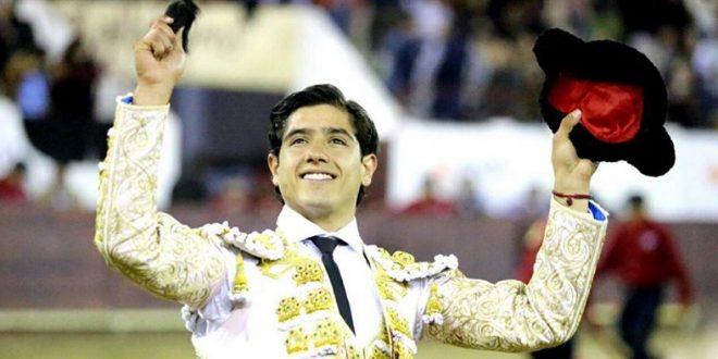 Gran actuación de Luis David Adame en la Feria de León (*Fotos*)