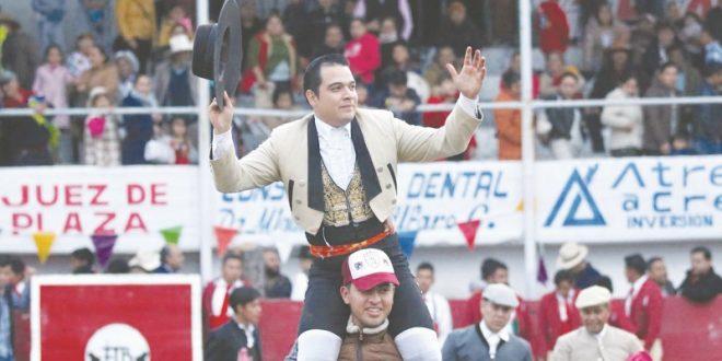Triunfa Zatarain en Tezontepec, Hidalgo