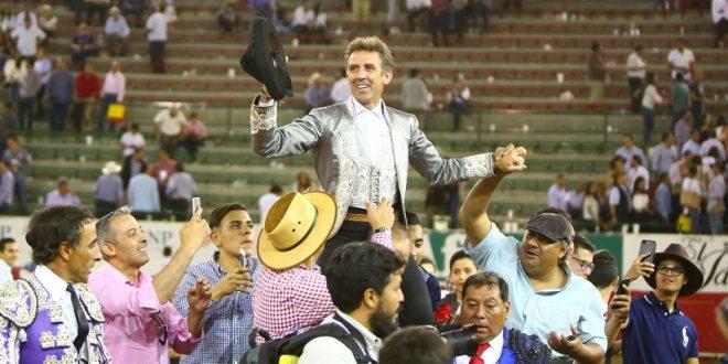 Indultan toro de rejones de Fernando de la Mora tras faena de Pablo Hermoso de Mendoza