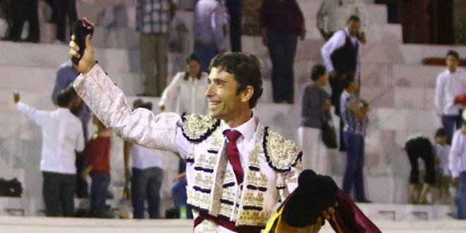 Debut triunfal de Robleño en suelo mexicano