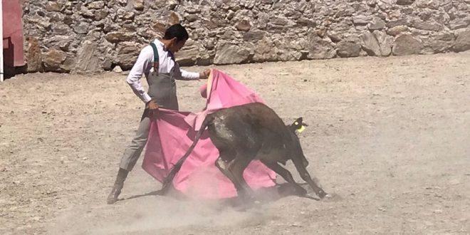 ISRAEL TÉLLEZ, de tienta en Rosas Viejas y Medina Ibarra; estará mañana en Piedras Negras (*Fotos*)