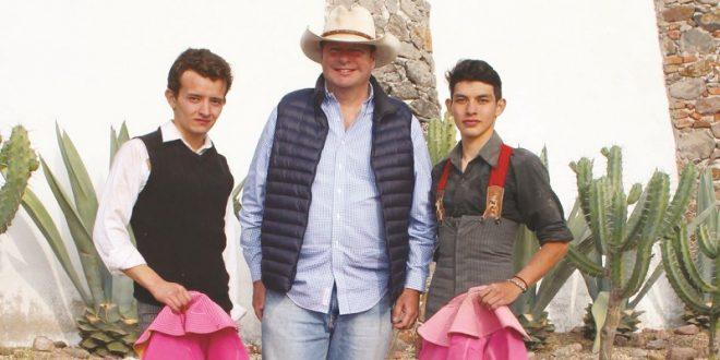 Listos para la México, Isaac Fonseca y José María Mendoza
