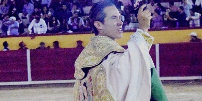 Tres orejas en corrida mixta de Tlaxcala