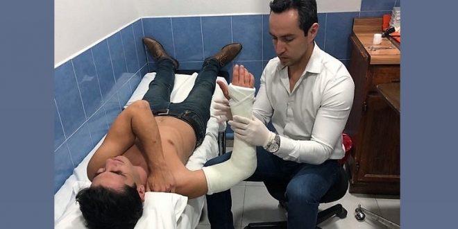 Lorenzo Garza se fractura el brazo derecho