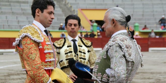 Triunfa Delijorge en la alternativa de Pepe Medina, en Apizaco