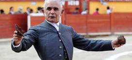 RAFAELILLO, con 68 años de edad y cuarenta cornadas, quiere despedirse de la Plaza México