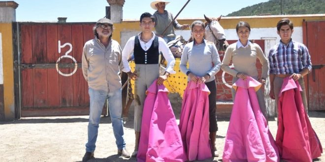 Tientan aguascalentenses en Tlaxcala (*Fotos*)