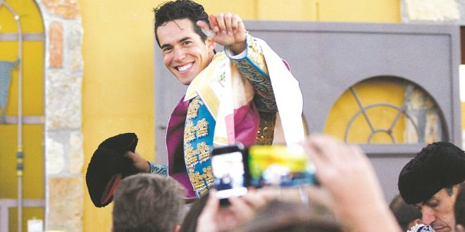Confirma Silveti hoy en la plaza peruana de Acho