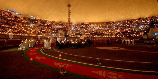 LUZ y DEVOCIÓN, en la Corrida de Las Luces en HUAMANTLA, el día 14 (*Fotos*)