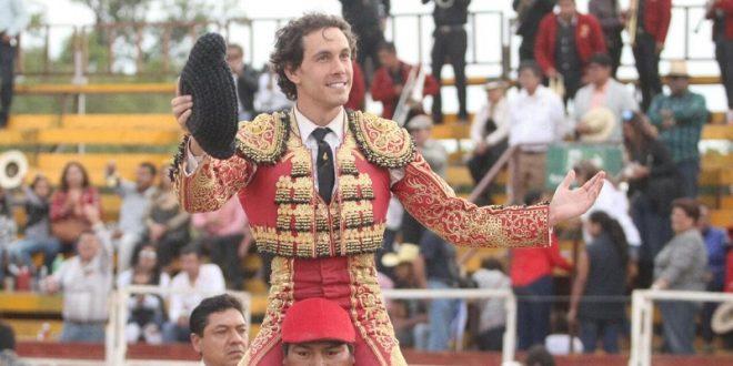 OCAÑA SERRANO y LUIS MIGUEL CUÉLLAR  triunfan en Santiago Miahuatlán, Puebla (*Fotos*)
