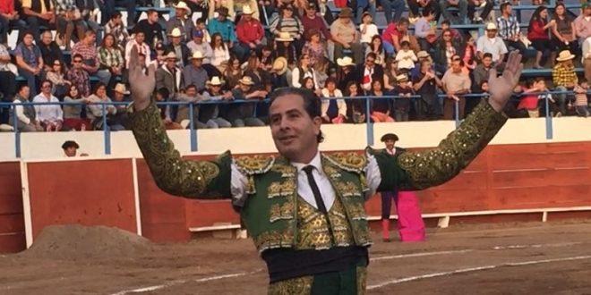 Par de trofeos a Martínez Vértiz en Bacalar