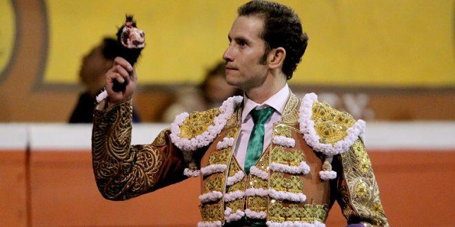 """Arturo Saldívar sustituye a """"El Payo"""" en Tijuana"""