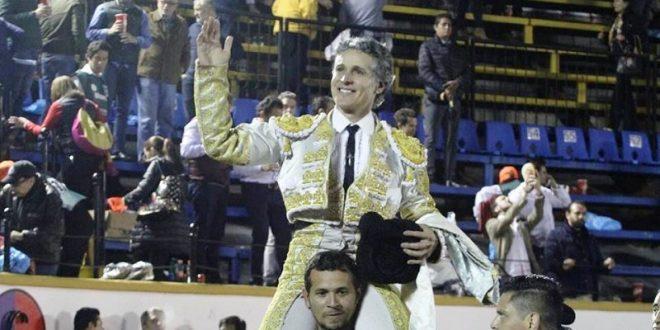 Adiós de Pizarro, con Rivera y Adame, en la México