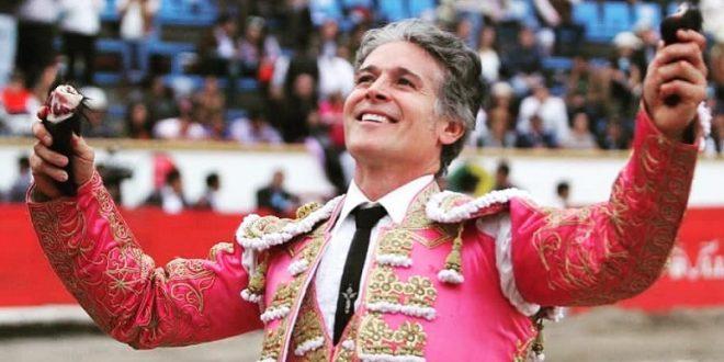 Dorado adiós de Pizarro en El Relicario de Puebla, donde tomó la alternativa Arturo Soto (*Fotos*)