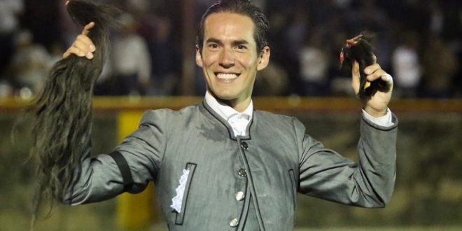 Gran actuación de SILVETI en León, donde comparte la salida a hombros con Ventura
