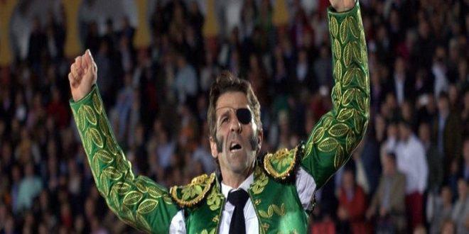 Juan José Padilla dice adiós hoy a la profesión