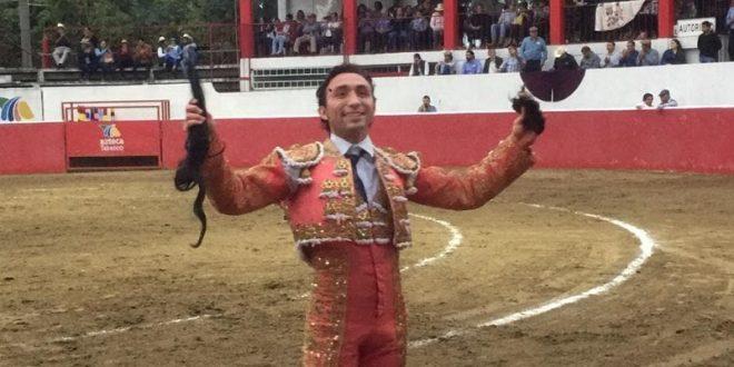 Jusef Hernández se abre paso entre la novillería nacional
