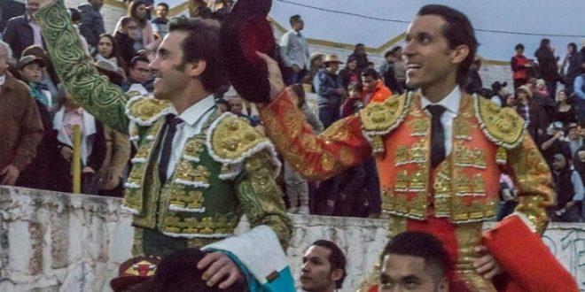 A hombros, Barba y José Mauricio en Cosío, Aguascalienets
