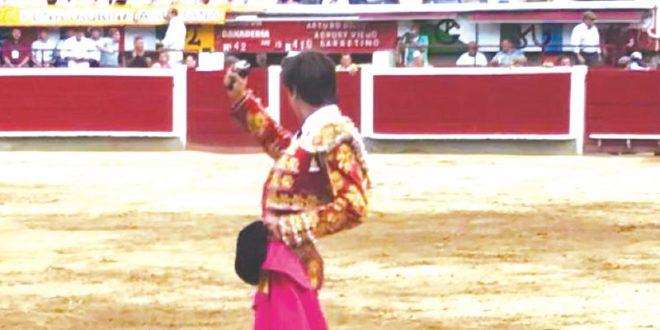 Afortunado debut colombiano de Gilio hijo