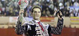 Envía mensaje Arturo Saldívar a la alcaldesa de Puebla
