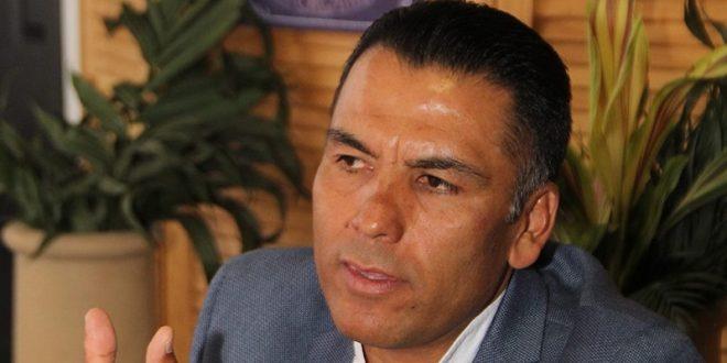 Ismael Rosas dice adiós