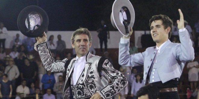 Aclamada salida a hombros de los Hermoso de Mendoza