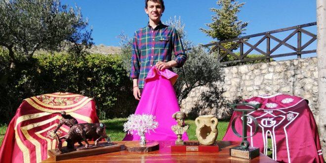 MIGUEL AGUILAR afina detalles previo a disputar el ZAPATO DE PLATA