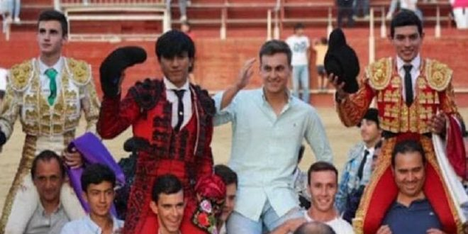 Isaac Fonseca firma faena que le reditúa en dos trofeos