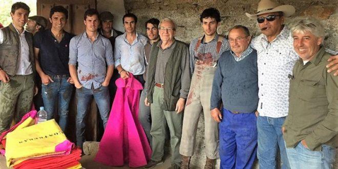 Lorenzo Garza sigue alistándose en España