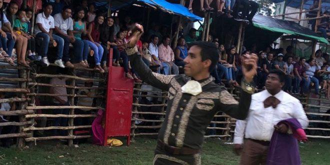 Triunfa Romero en ameno festival en el sureste