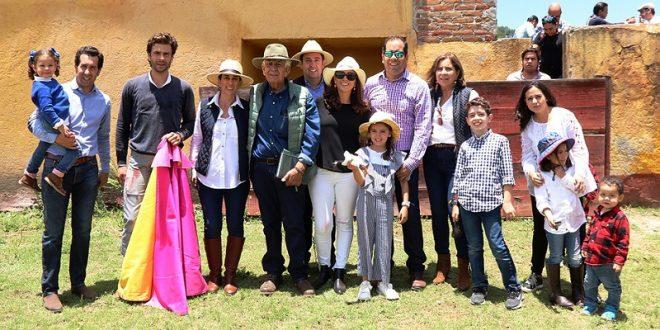 Tienta el español Eduardo Gallo en la histórica plaza campera de Coaxamalucan (*Fotos*)