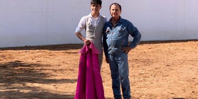 Sebastián Ibelles tentó al lado de Eloy Cavazos en El Vergel