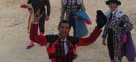 Oreja para Israel Téllez, en Pachuquilla, Hidalgo