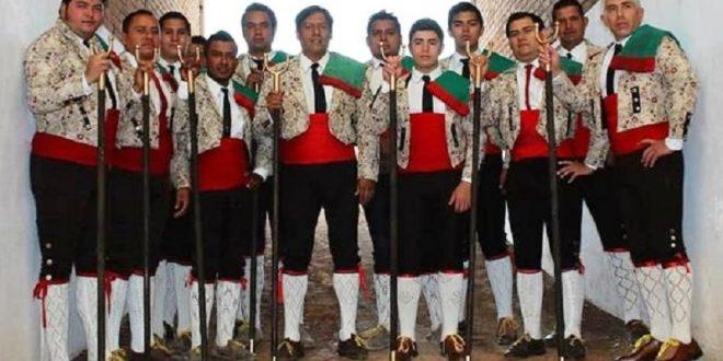 El grupo de Forcados Potosinos celebra XIV años de jugarse la vida alegremente en los ruedos