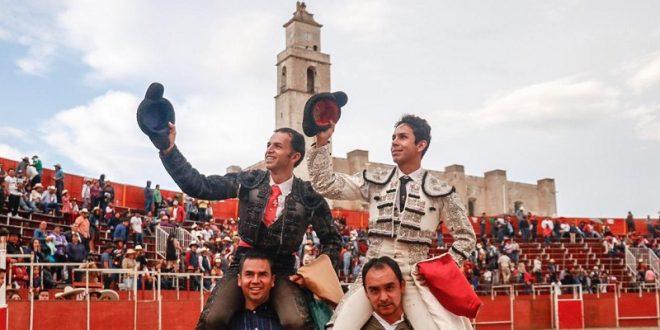 Roldan y Gallardo a hombros Zempoala