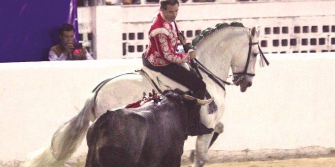 Triunfa Hermoso de Mendoza en el sureste mexicano