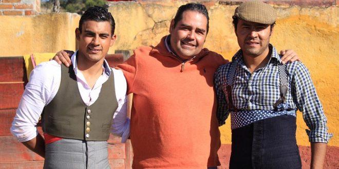 Angelino y Gerardo Rivera, de tienta en Coaxamalucan (*Fotos*)