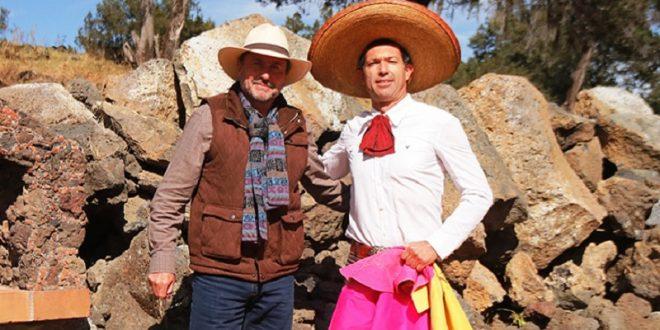 Jerónimo se prepara en Piedras Negras para actuar el domingo en México