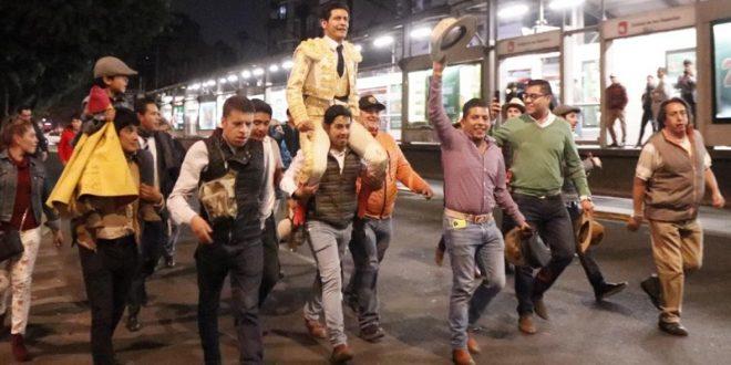 Aspira EL ZAPATA al festejo de Aniversario de la México
