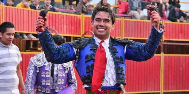 Salen a hombros  Murillo y 'El Breco'