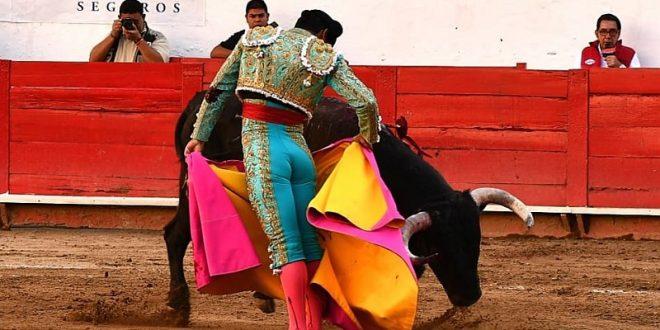 Valiosa oreja, a Rivera en Guadalajara; imponente encierro de Barralva