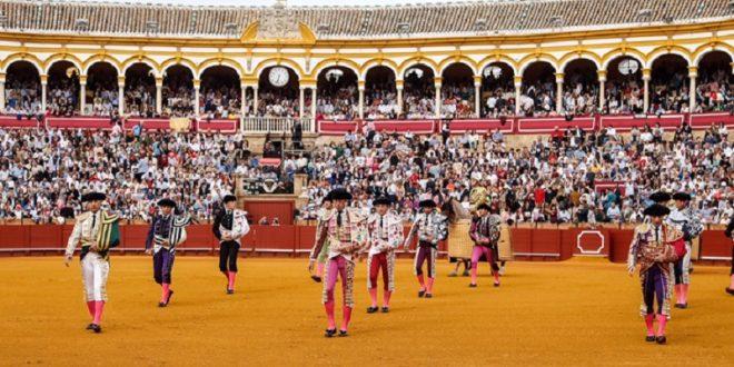 Convocan profesionales taurinos españoles a realizar 'paseo colectivo' para hacerse escuchar por el gobierno