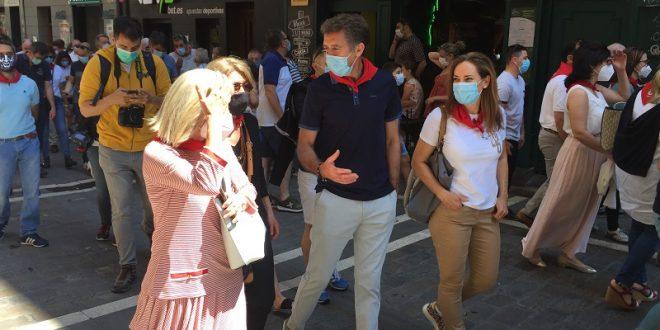 Triunfa el toreo en las calles de Pamplona