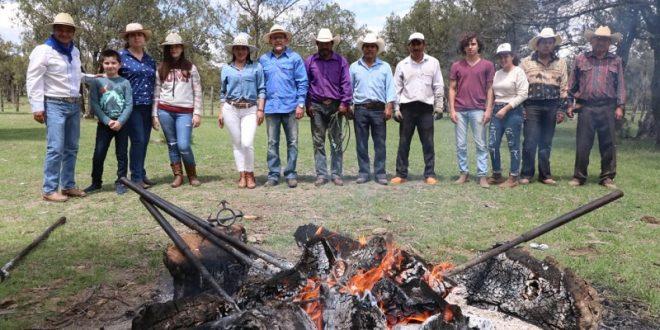 En La Joya, el TRABAJO FAMILIAR en el campo bravo NO SE DETIENE (*Fotos*)